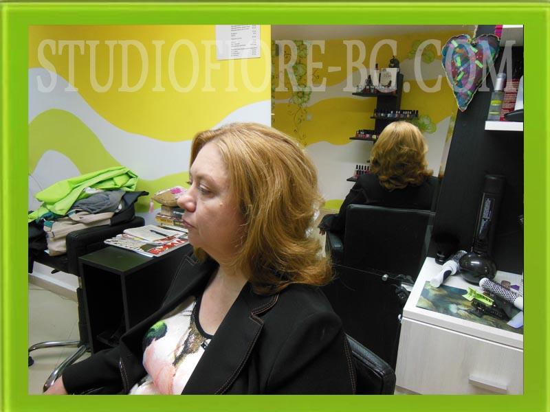 фризьор-варна-дамска-прическа-издухване на коса