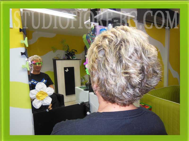 фризьор-дамска прическа-къса-коса-кичури