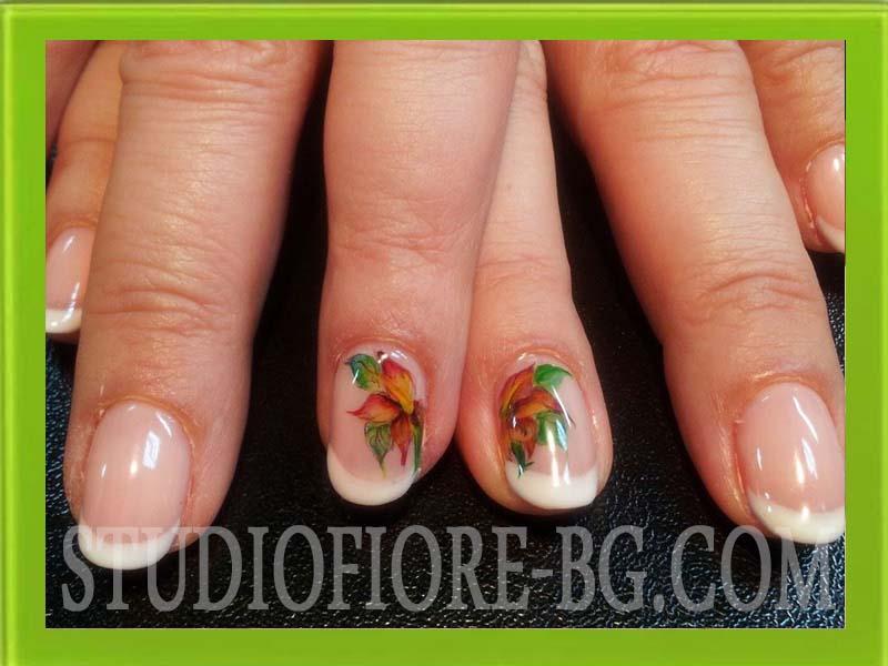 френски манокюр с гел лак акварелни цветя